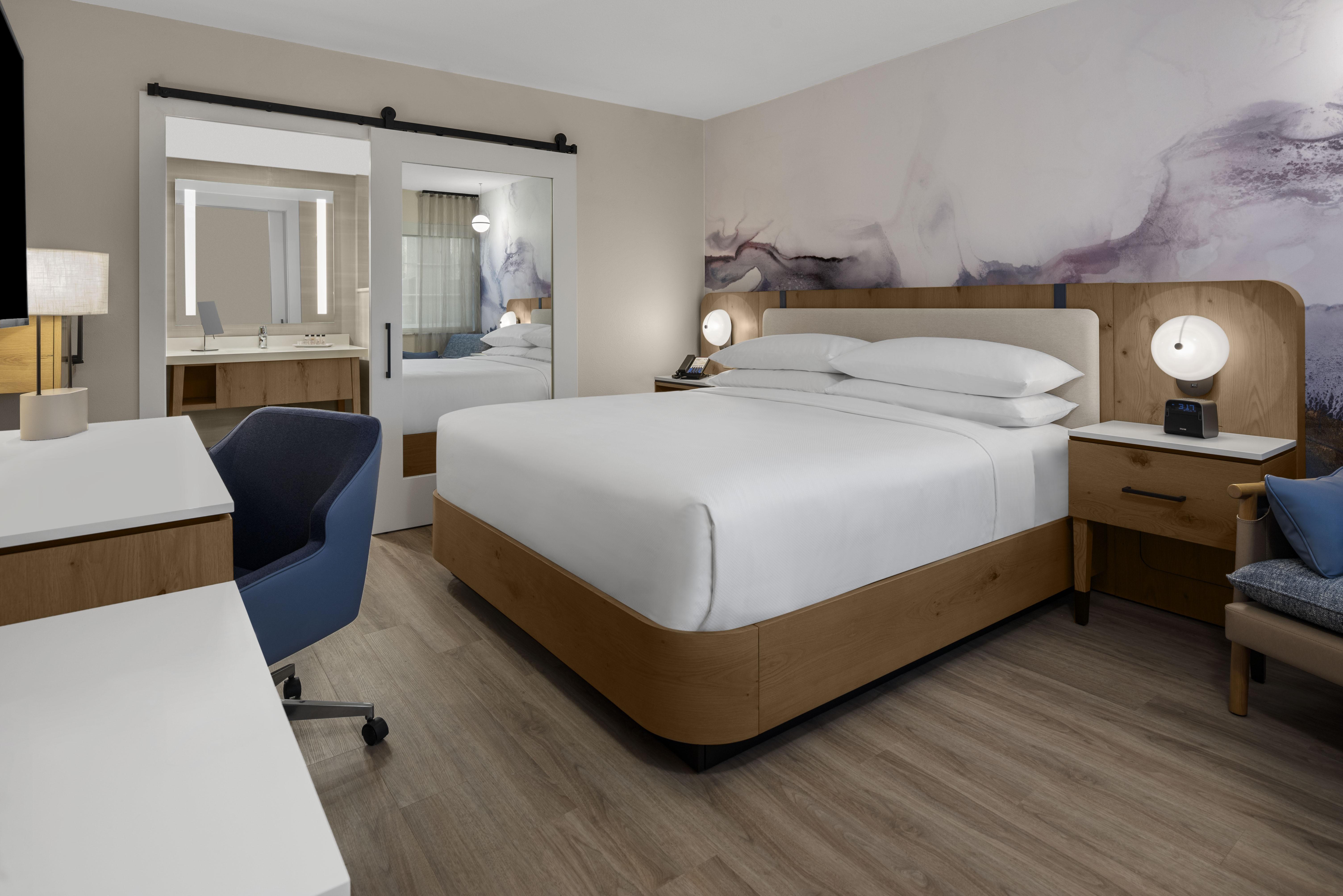 DHR - Santa Clara Silicon Valley King Room.jpg